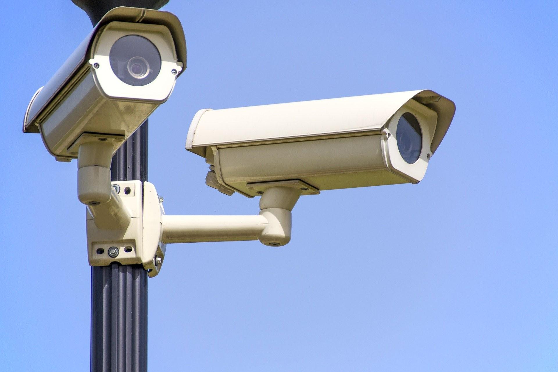 La vidéosurveillance au travail et à domicile Agissez pour vos droits